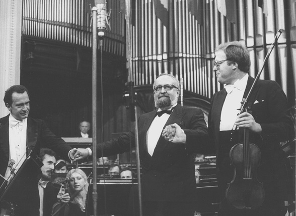 Antoni Wit, Krzysztof Penderecki and Grigori Zhislin after the performance of Penderecki's Viola Concerto on 19 September 1986, photo by Andrzej Glanda
