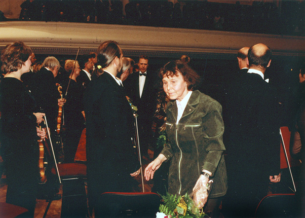 Warsaw Autumn 2003, Sofia Gubaydulina after the performance of her St John Passion during the final concert at the National Philharmonic, photo by Jan Rolke
